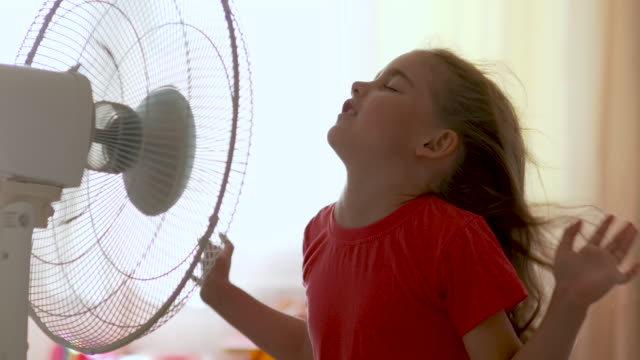 dangers of fans in child room